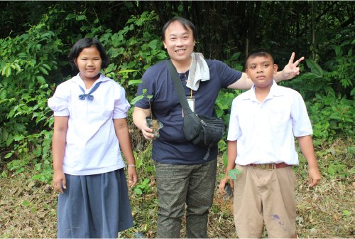 Mr. Phoon, a World Vision Malaysia sponsor, visited our Area Programmes to see the work being done for children.